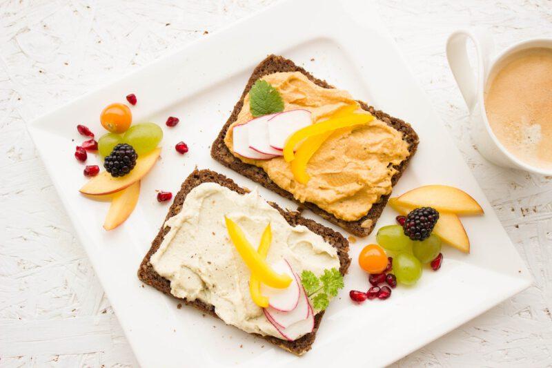 Śniadanie przed porannym treningiem zwiększa spalanie